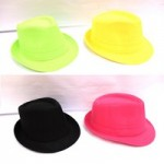 Шляпа яркая, цветная